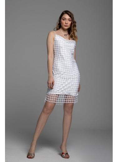 Tuba Ergin File Dantel Detaylı Askılı Mini Myra Elbise Beyaz